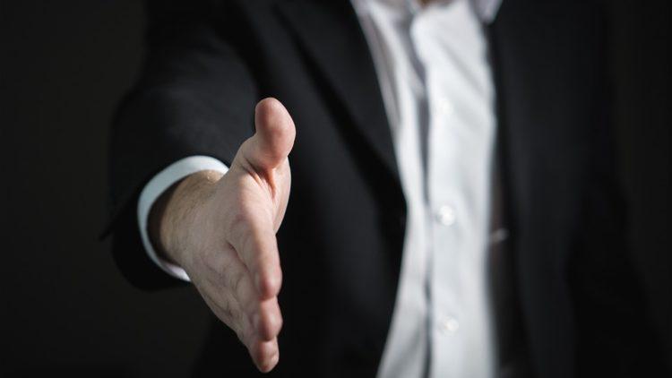 為什麼90%的銷售技巧學不來?用六大問題審視自己!